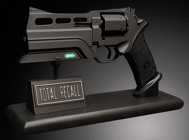 TOTAL RECALL 1:1 Scale Blaster Prop Replica
