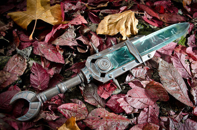 THE ELDER SCROLLS V: SKYRIM Keening Dagger Prop Replica
