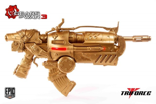 GEARS-OF-WAR-3-Gold-Edition-Locust-Hammerburst-II-Prop-Replica-TriForce
