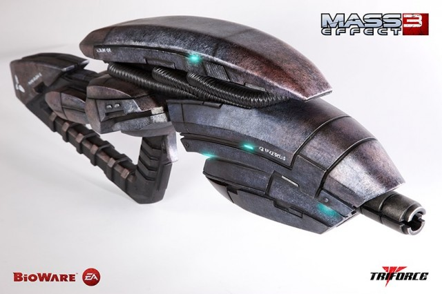 Triforce Mass Effect 3 Geth Pulse Rifle Replica