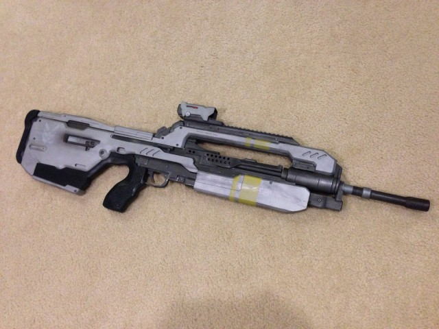 Life Size HALO 4 BR85HB Battle Rifle Prop Replica